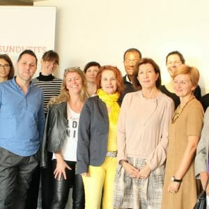 die Mitglieder des Plenums mit dem Support Team