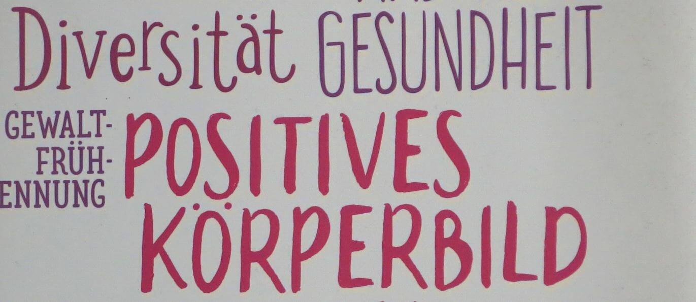 Schriftzug: Diversität, Gesundheit, positives Körperbild